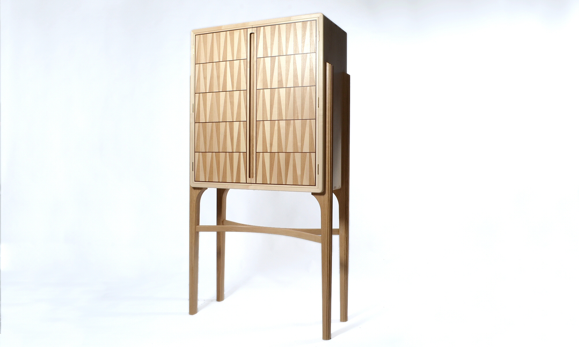 drinks cabinet image from gallery - bespoke furniture handcrafted by Richard Frost Design